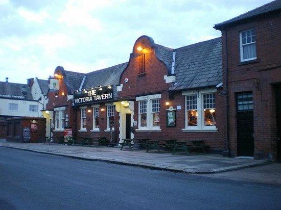 victoria tavern oxford street town centre barrow in furness la14 5ql - The Victoria Tavern in the Good Pub Guide